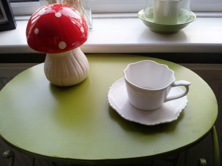 Toadstool money box and tea cup