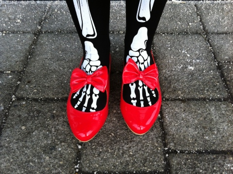 Red patent Office bow shoes - Honor Clement-Hayes