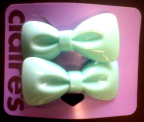 Mint green hair bows
